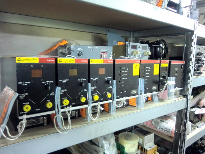 A300 LRU VHF radio 8,33 kHz